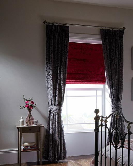 Fuschia Roman Blind